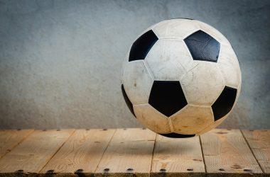 Homofobi blandt spillere og fans er stadig et problem
